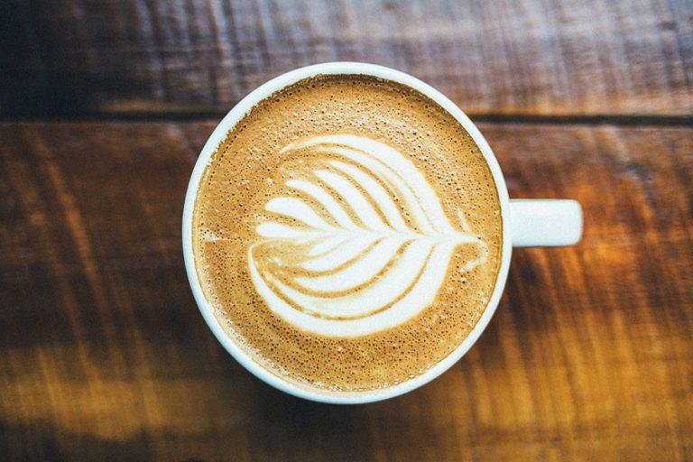 Η Everestπροσφέρει δωρεάν καφέ και χυμό στο νοσηλευτικό προσωπικό των δημόσιων νοσοκομείων