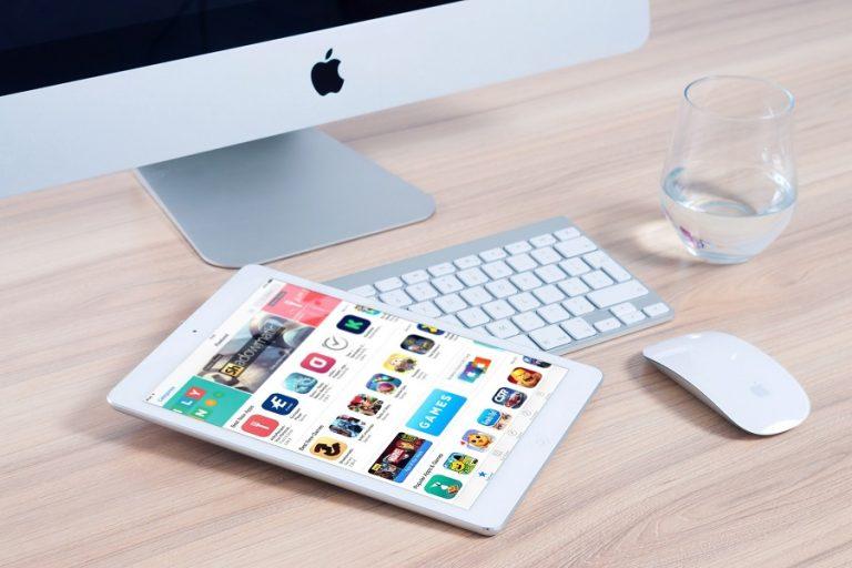 Έτος «αναγέννησης» το 2020 για τις πωλήσεις υπολογιστών και tablets