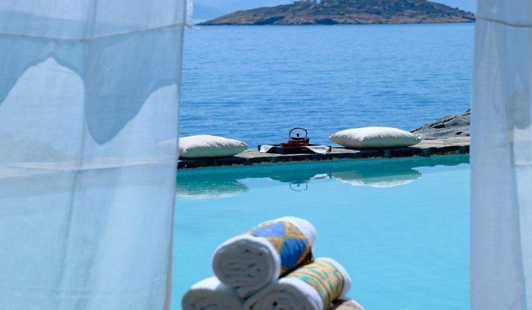 Αυτά είναι τα καλύτερα παραθαλάσσια ξενοδοχεία της Μεσογείου