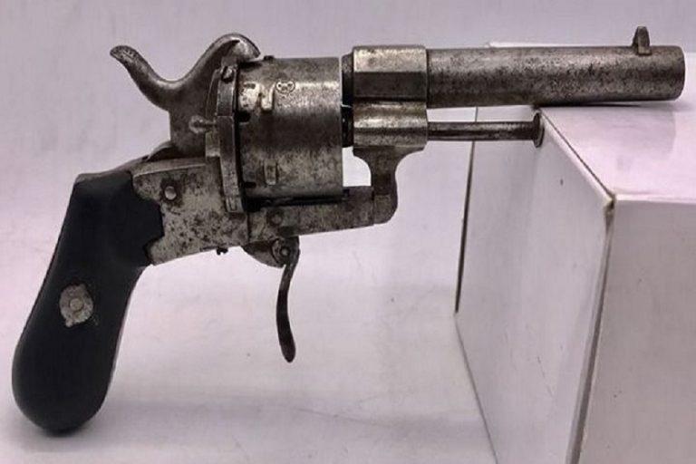 Στο «σφυρί» το διασημότερο όπλο στην ιστορία της τέχνης