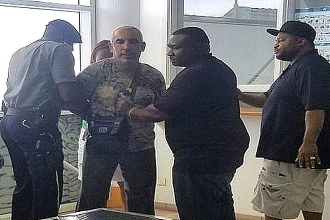 Ελεύθερος με εγγύηση 300.000 δολάρια ο Αλκης Δαυίδ