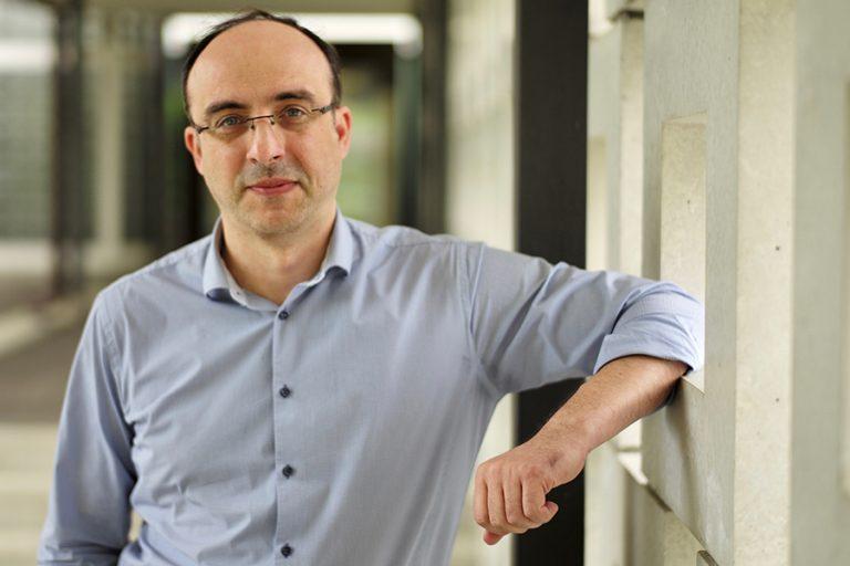 Κώστας Μπέκας: Ο Έλληνας που εμπιστεύτηκε η ΙΒΜ στην τεχνητή νοημοσύνη έρχεται στο 10ο TEDxAthens