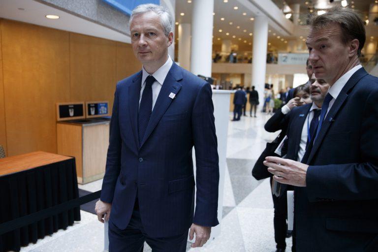 Πρόβλεψη-σοκ από τον Γάλλο υπουργό Οικονομικών: Eμπορικοί πόλεμοι και ακροδεξιά απειλούν το ευρώ με νέα κρίση