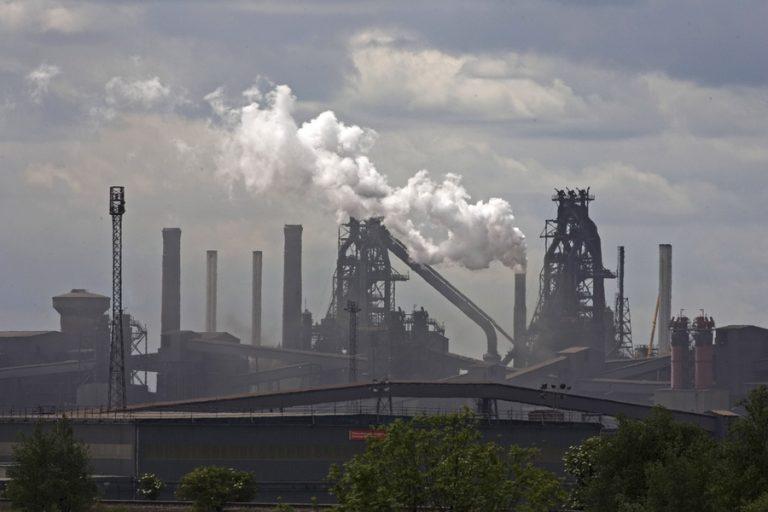 Σε καθεστώς εκκαθάρισης τέθηκε η British Steel θέτοντας σε κίνδυνο 25.000 θέσεις εργασίας