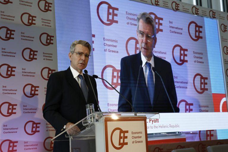 Τζ. Πάιατ: «Η Αμερική επενδύει ισχυρά στην οικονομική ανάκαμψη της Ελλάδας»