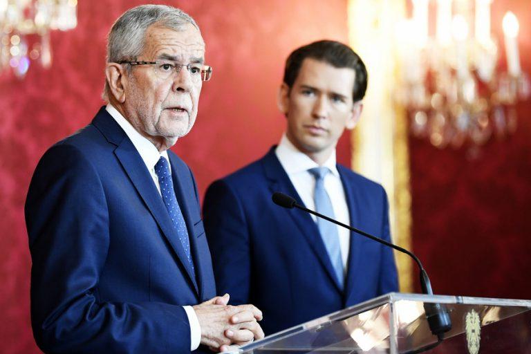 Πρωτοφανής πολιτική κρίση στην Αυστρία: Εκτός κυβέρνησης όλοι οι υπουργοί, πλην μίας, από το ακροδεξιό FPO