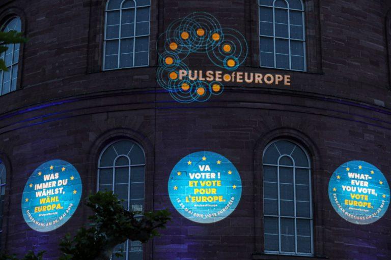 Ευρωεκλογές: Ψηφίζουν σήμερα στην Τσεχία και την Ιρλανδία