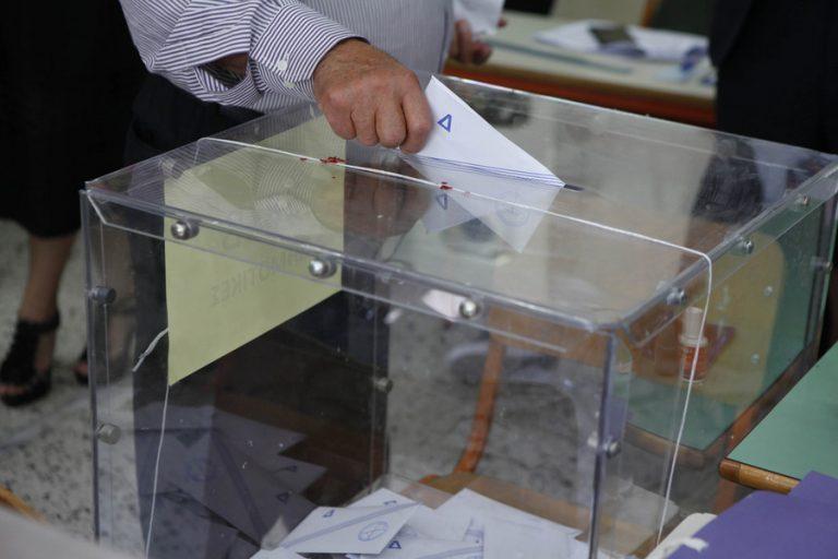 Σε ποιους δήμους και ποιες περιφέρειες στήνονται και πάλι κάλπες για τον β' γύρο των εκλογών