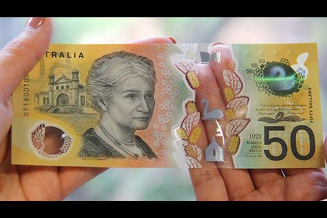 Έξι μήνες μετά, ανακαλύφθηκε… τυπογραφικό λάθος σε νέα χαρτονομίσματα της Αυστραλίας