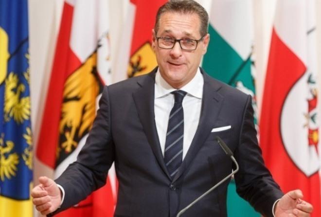 Σκάνδαλο στην Αυστρία: Ο αντικαγκελάριος παζάρευε συμβάσεις έναντι ψήφων