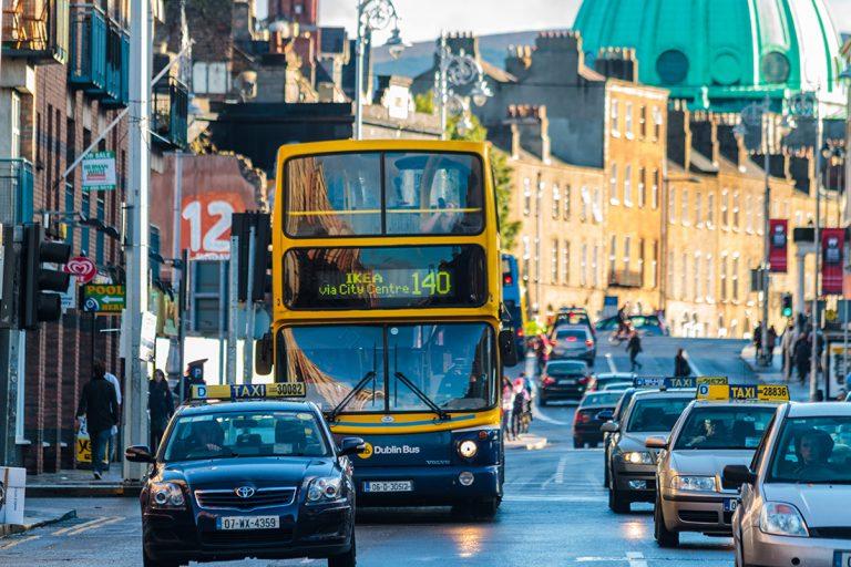 Έρευνα διαΝΕΟσις: Ξένες επενδύσεις και εξωστρέφεια, έτσι σώθηκε η Ιρλανδία –Τι μπορεί να μάθει η Ελλάδα