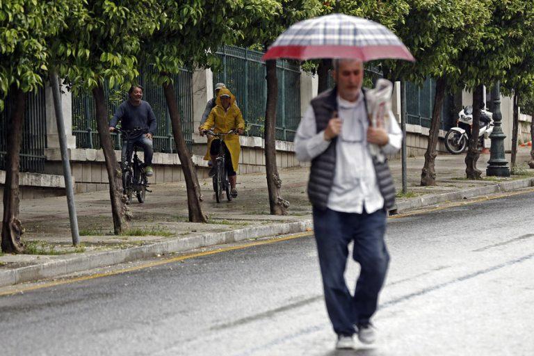 Χαλάει ο καιρός από την Παρασκευή, με βροχές, σκόνη και ισχυρούς ανέμους
