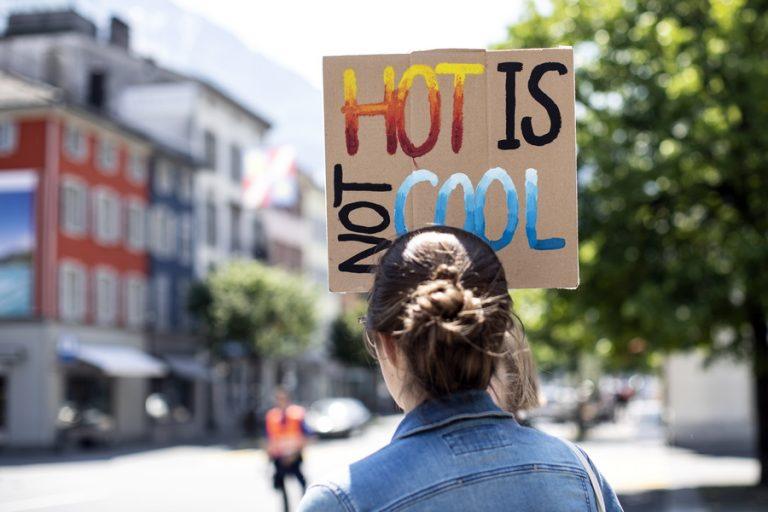 Σενάριο προβλέπει ότι η ανθρώπινη κοινωνία θα καταρρεύσει έως το 2050 εξαιτίας της κλιματικής αλλαγής