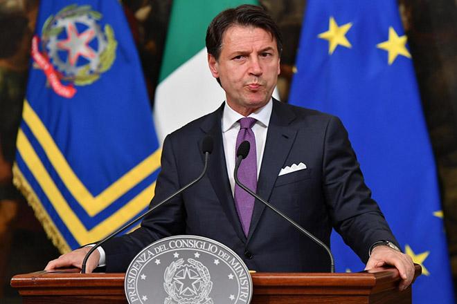 Στον Ιταλό πρόεδρο ο Τζουζέπε Κόντε με ανανεωμένη εντολή για το σχηματισμό κυβέρνησης