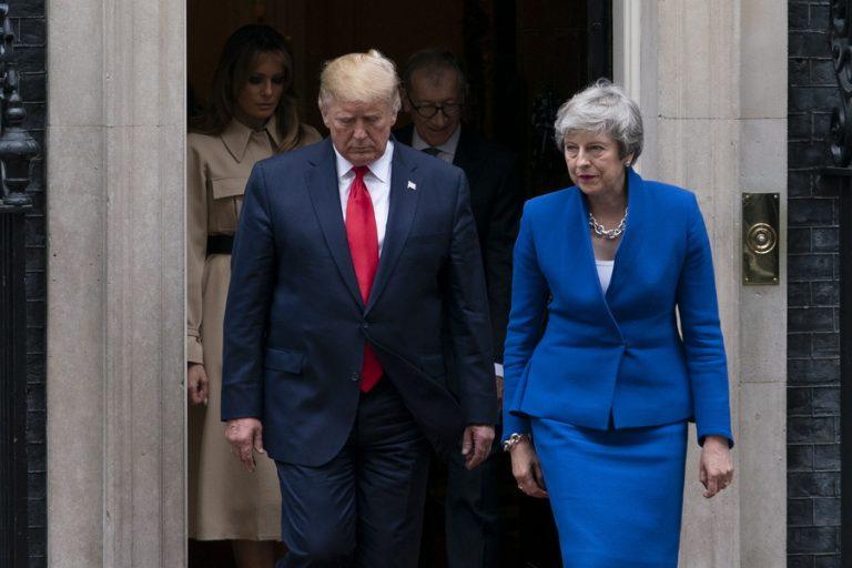 «Έκοψε την καλημέρα» ο Τραμπ στον Βρετανό πρεσβευτή