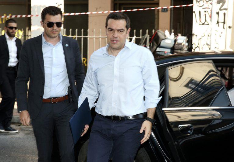 Πρόγραμμα που θα περιλαμβάνει στόχο νέας αύξησης του κατώτατου μισθού αναμένεται να παρουσιάσει ο ΣΥΡΙΖΑ