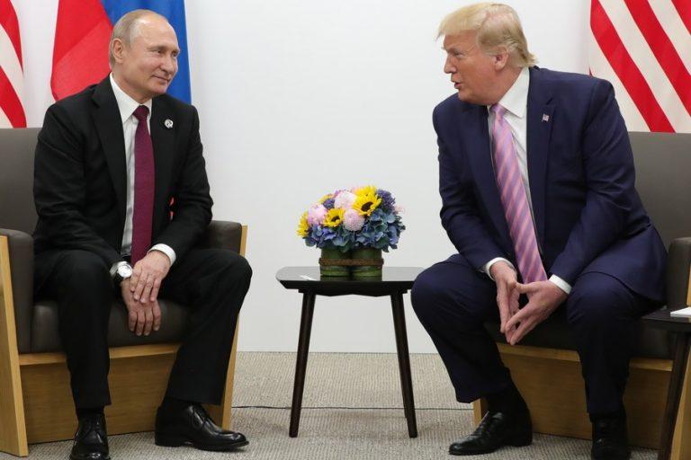 Τραμπ σε Πούτιν: «Μην αναμιχθείτε στις εκλογές μας»