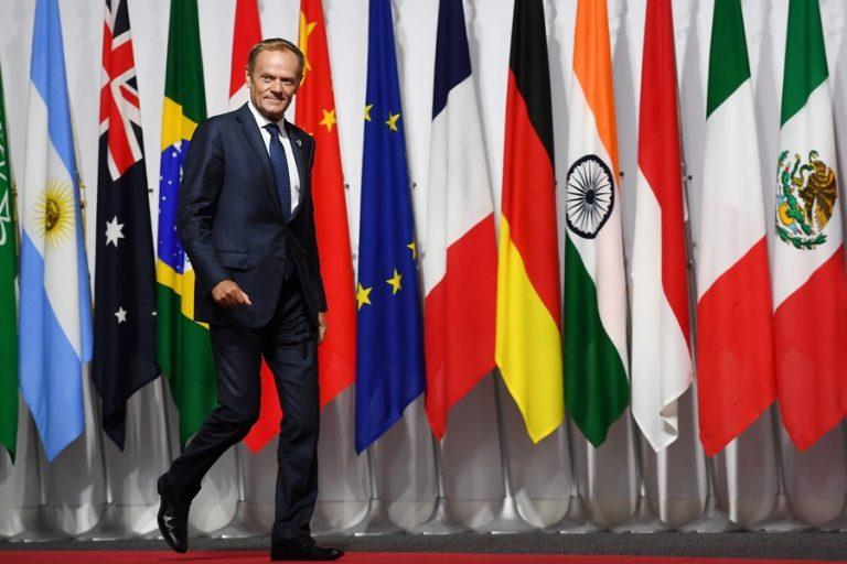 Τουσκ: Οι προοδευτικές ιδέες δεν είναι απαρχαιωμένες- Έντονη αντίδραση στις δηλώσεις Πούτιν