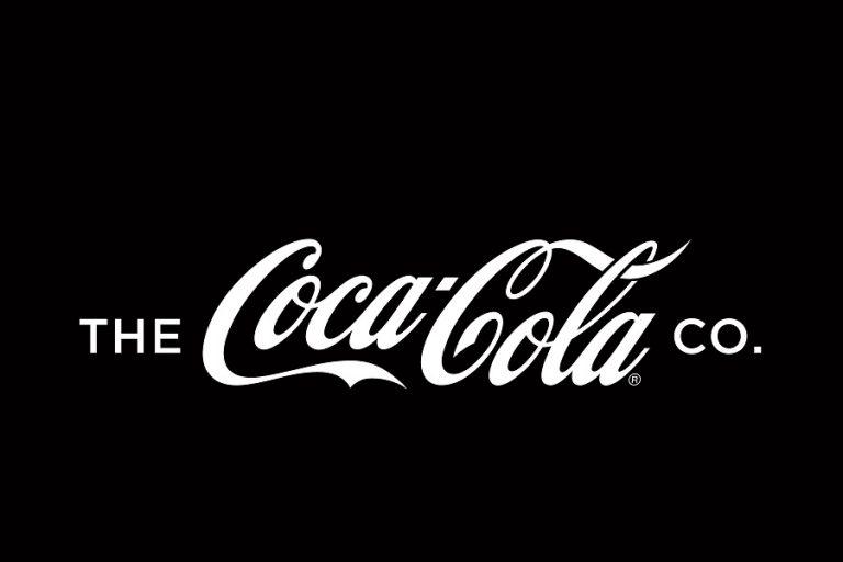#NEVERSETTLE από την Coca-Cola: «Δεν αρκεί να φτιάχνουμε αναψυκτικά. Χρειάζεται να κάνουμε τη διαφορά»