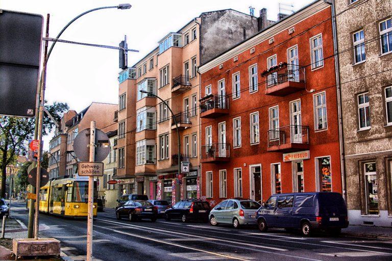 Το Βερολίνο βρήκε το «χάπι» κατά των συμπτωμάτων του Airbnb