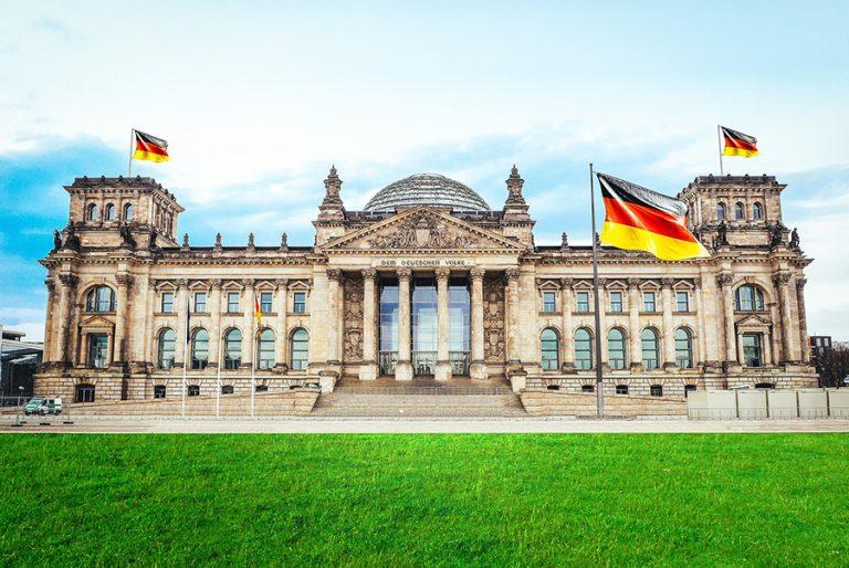 Ακόμη ένα γερμανικό «όχι» σε κάθε συζήτηση για ευρωομόλογα