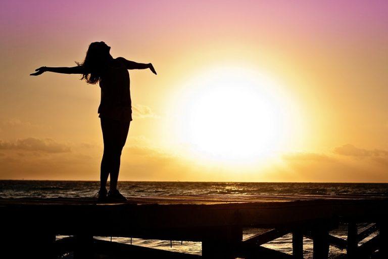Θέλετε να είστε ευτυχισμένοι; Αυτές οι δέκα συνήθειες σίγουρα θα σας βοηθήσουν