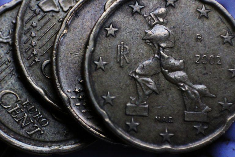 Πώς η πολιτική κρίση στην Ιταλία γίνεται ευκαιρία για την οικονομία