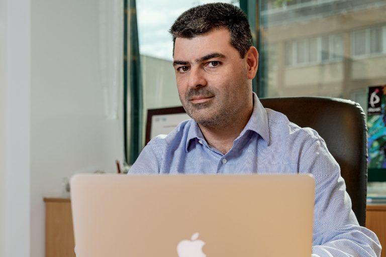 Kωστής Σταυρόπουλος: Ο άνθρωπος που «τρέχει» τα προϊόντα της Apple στην Ελλάδα αυτό το Σάββατο στο Business Monitor