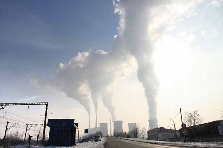 Bρετανία: Η πρώτη χώρα του G7 που στοχεύει σε μηδενικούς ρύπους άνθρακα
