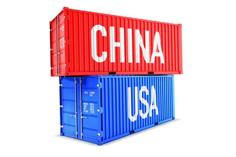 Πόση ζημιά θα κάνει στην παγκόσμια οικονομία ο «πόλεμος των δασμών» μεταξύ ΗΠΑ-Κίνας