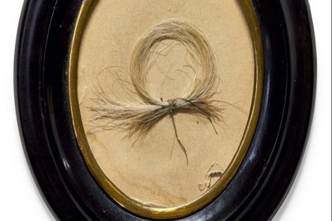 Στο «σφυρί» βγαίνει μία μπούκλα από τα μαλλιά του Μπετόβεν
