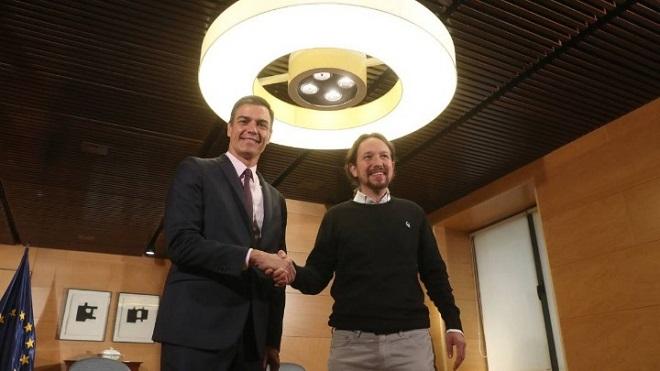 Οι Σοσιαλιστές και το Podemos συμφώνησαν να συνεργασθούν για τον σχηματισμό κυβέρνησης