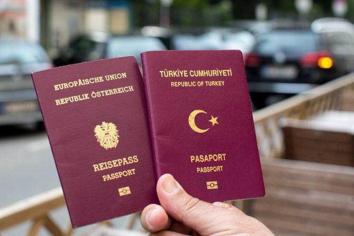 Ραντεβού με διαβατήριο