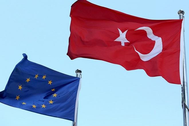 Η Τουρκία τα βάζει ανοιχτά με την ΕΕ παρότι γλίτωσε ξανά τις κυρώσεις