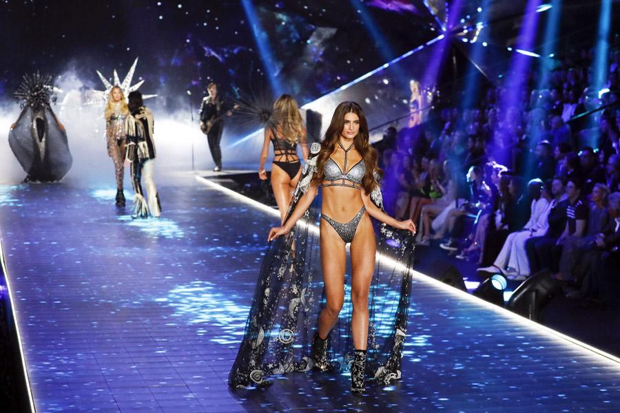 Τα δέκα «αγγελάκια» που πλούτισαν από τη Victoria's Secret (ΦΩΤΟ)