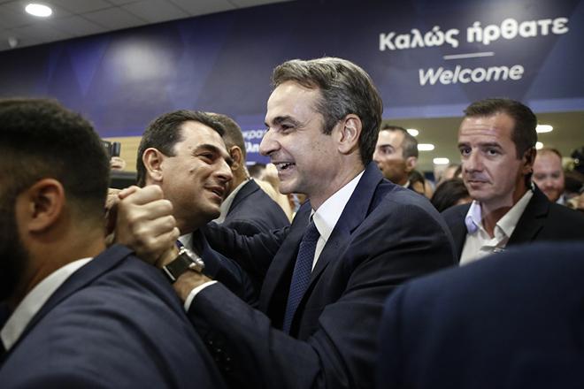 Δημοσκόπηση Κάπα Recearch: Υψηλή αποδοχή της νέας κυβέρνησης – Τι ζητούν οι πολίτες από ΣΥΡΙΖΑ και ΚΙΝΑΛ