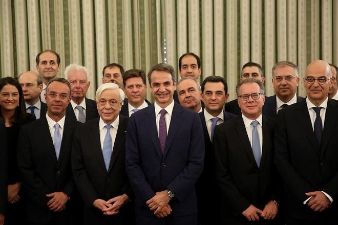 Αυτοί είναι οι τέσσερις «τεχνοκράτες» με θέσεις – κλειδιά στη νέα κυβέρνηση Μητσοτάκη
