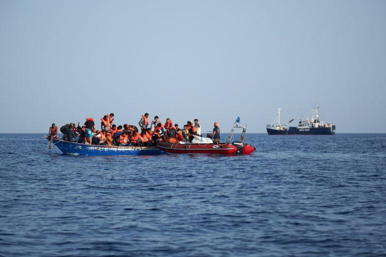 Φόβοι για νέα εκατόμβη νεκρών μετά από ναυάγιο στα ανοικτά της Λιβύης