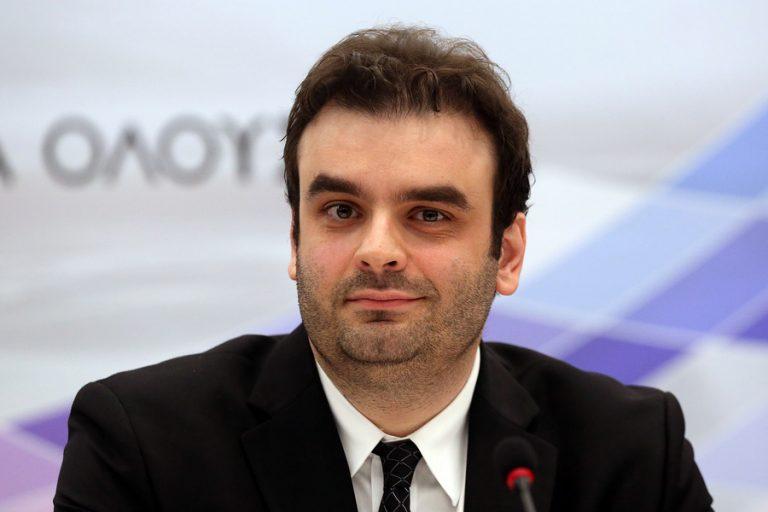 Le Figaro για Κυρ. Πιερρακάκη: «Ο νέος πολιτικός που έκανε την έκπληξη»
