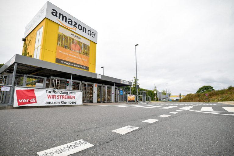 Οι εργαζόμενοι της Amazon φώναξαν «είμαστε άνθρωποι όχι ρομπότ» ανήμερα του Prime Day