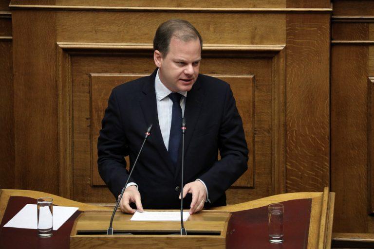Η κυβέρνηση δηλώνει έτοιμη να μην αποδεχτεί την αύξηση των διοδίων στην Αττική Οδό