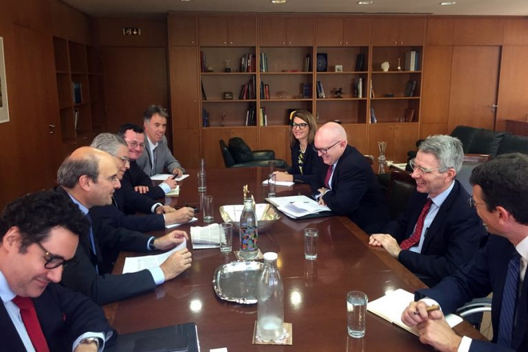 Οι επενδύσεις στον τομέα της ενέργειας στο επίκεντρο της επίσκεψης του υφυπουργού Εξωτερικών των ΗΠΑ