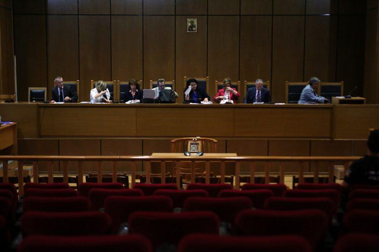 Ξεκινούν την Τετάρτη οι απολογίες των πρώην βουλευτών της Χρυσής Αυγής