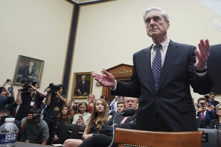 Ο ειδικός εισαγγελέας Μάλερ δήλωσε πως «δεν αθώωσε» τον Τραμπ