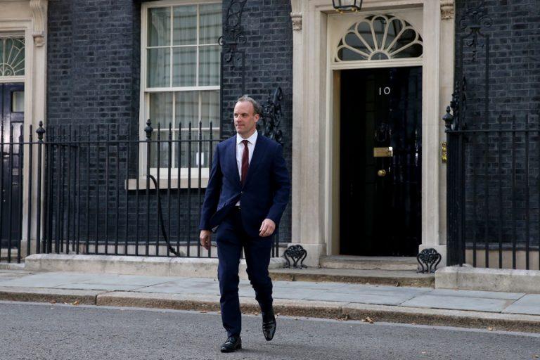«Θα είμαστε έτοιμοι για Brexit χωρίς συμφωνία»