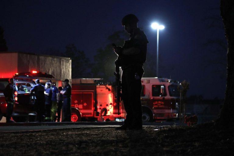 Οι ένοπλες επιθέσεις στις ΗΠΑ θεωρούνται πλέον «παράγοντας κινδύνου» για καζίνο και εστιατόρια