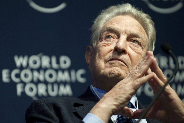 Τζορτζ Σόρος: Το «γεράκι των αγορών» και η πολυτάραχη ζωή του