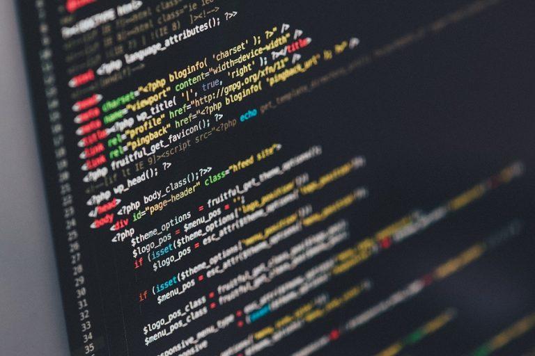 Ο CEO του eBay τονίζει: Πρέπει όλοι μας να μάθουμε προγραμματισμό