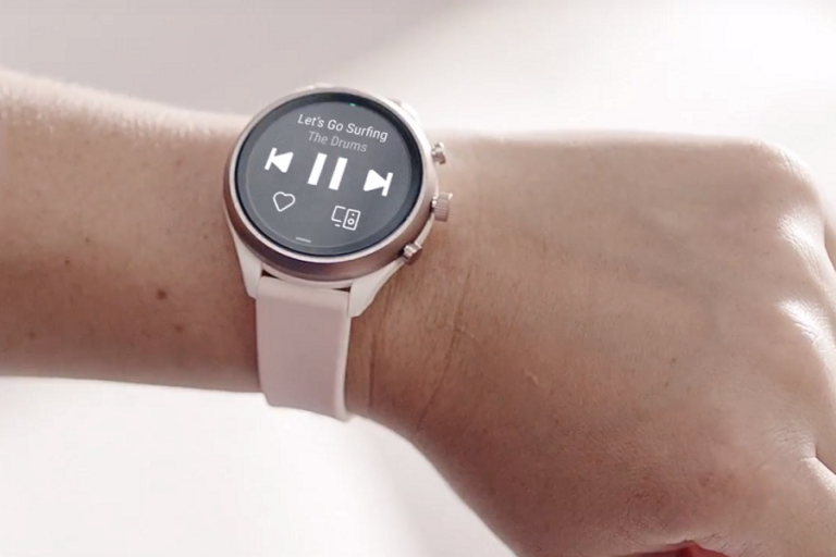 Η Google εξαγοράζει έναντι 40 εκατ. δολαρίων την τεχνολογία smartwatch της Fossil