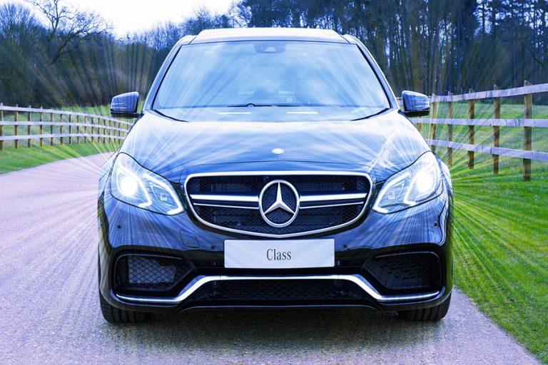 Μercedes-Benz: Για ακόμη μια χρονιά στην κορυφή του κλάδου πολυτελών αυτοκινήτων